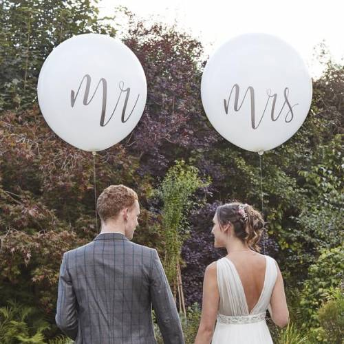 Mr & Mrs Balloons - 60cm Round