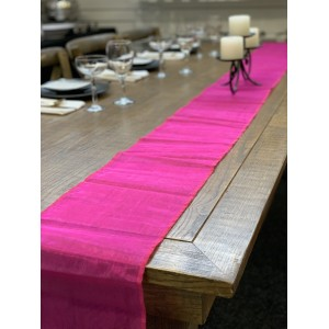 Table Runner, Organza 3m Fiesta Pink