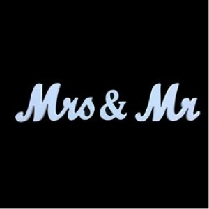 Mr & Mrs - Wooden Sign