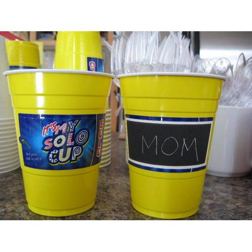 Yellow Plastic Cups 22pk - Solo 18oz Personalize