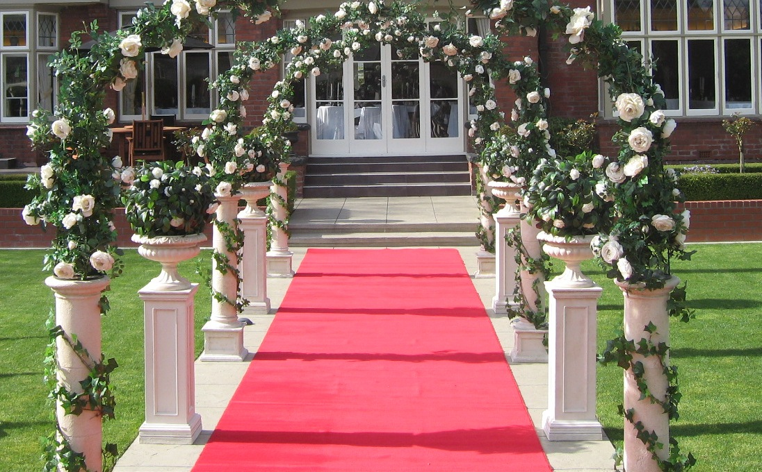 Red carpet hire wedding red carprts junglespirit Choice Image