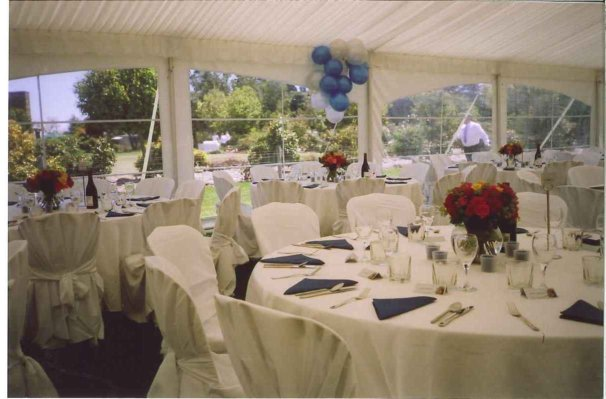 Table Setting Round Tables White Linen And Covers