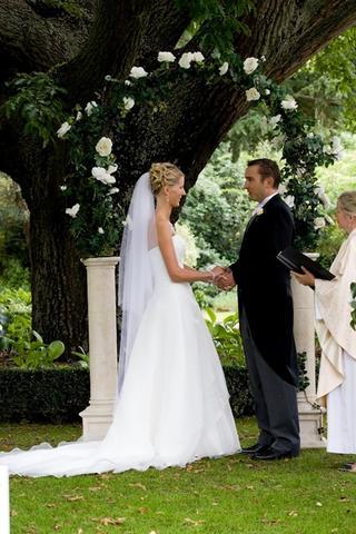Wedding arch hire wedding hire christchurch junglespirit Images